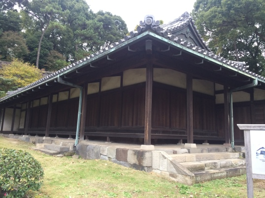 imperial-palace-samurai-guard-house-6